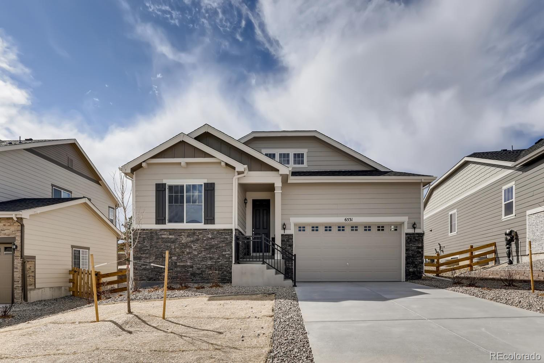 6531 S Addison Way Property Photo - Aurora, CO real estate listing