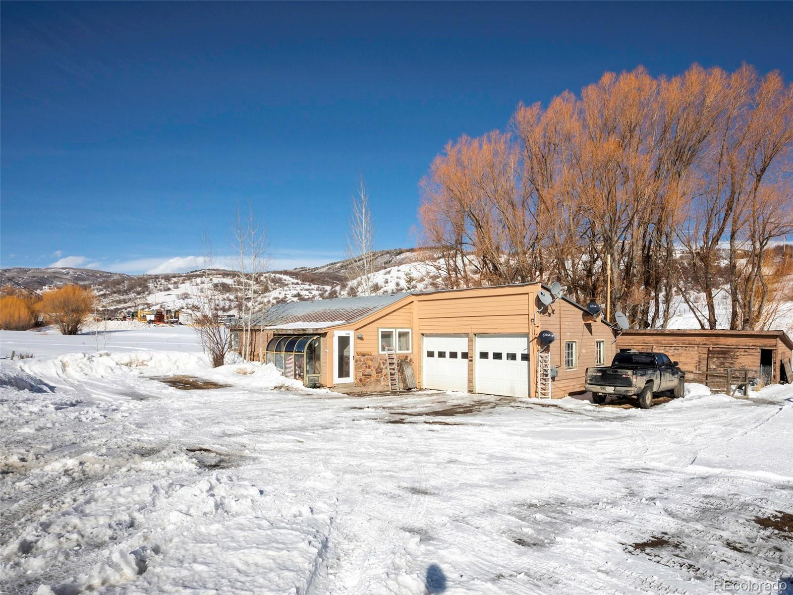 3194 Elk River Road Property Photo