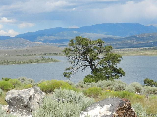 5622 Lakeview Drive Property Photo - San Luis, CO real estate listing