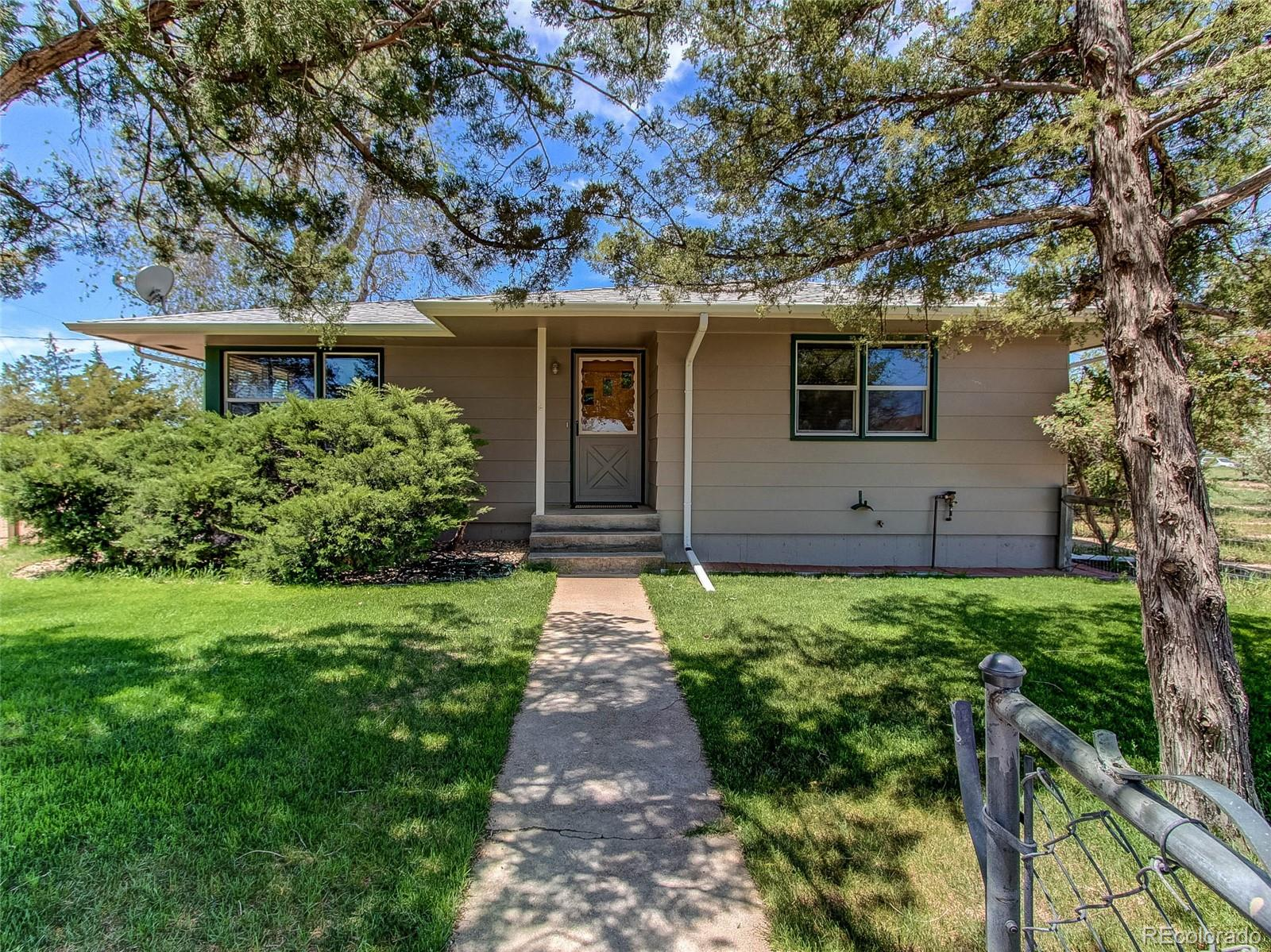 17953 County Road 14 Property Photo - Fort Morgan, CO real estate listing