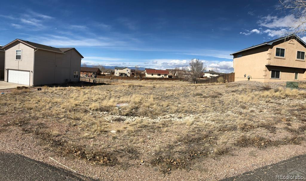 345 W Song Sparrow Drive Property Photo - Pueblo West, CO real estate listing