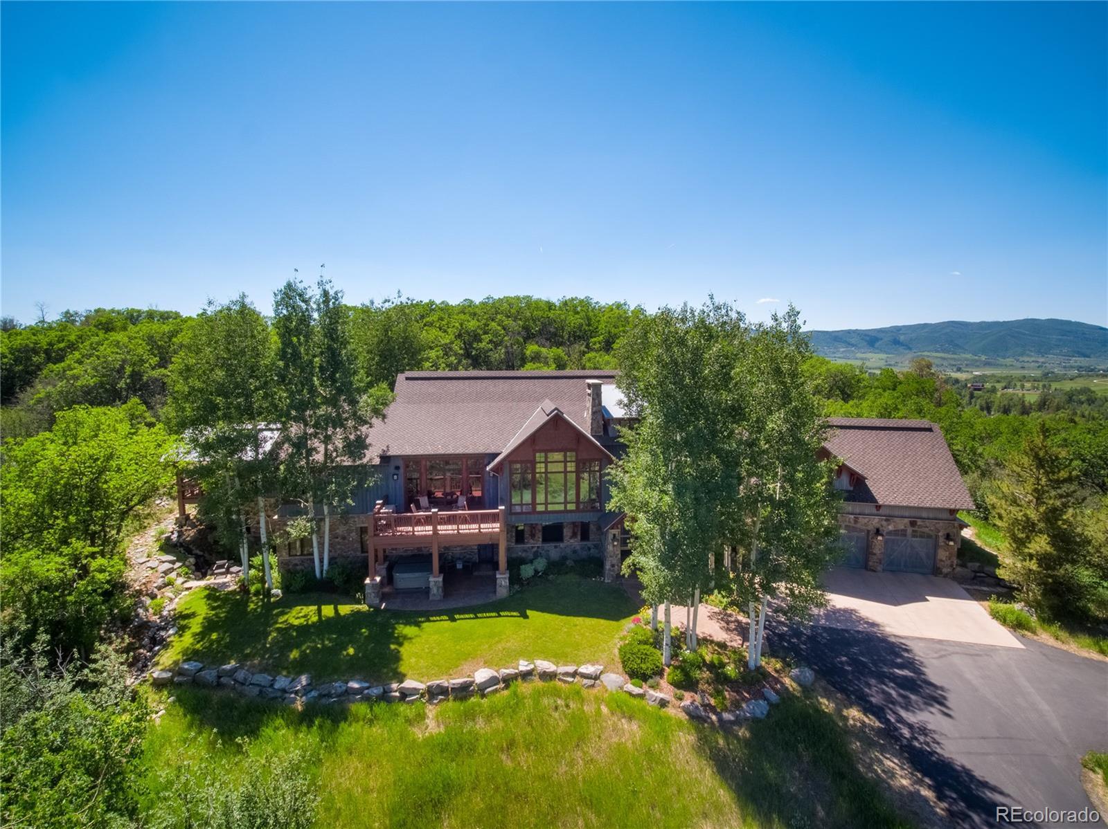 33855 Canyon Court Property Photo 1