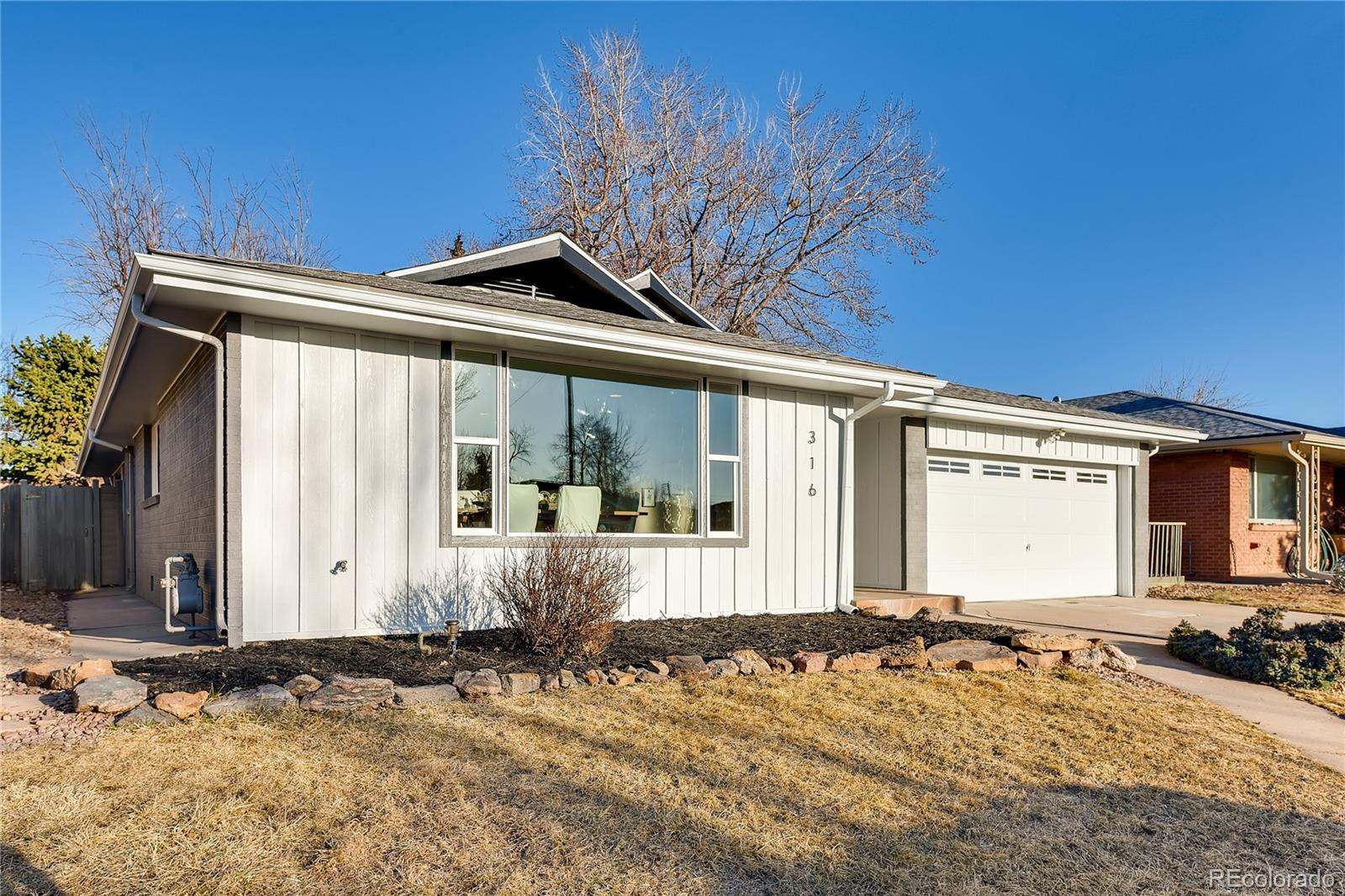 316 S Magnolia Street Property Photo - Denver, CO real estate listing