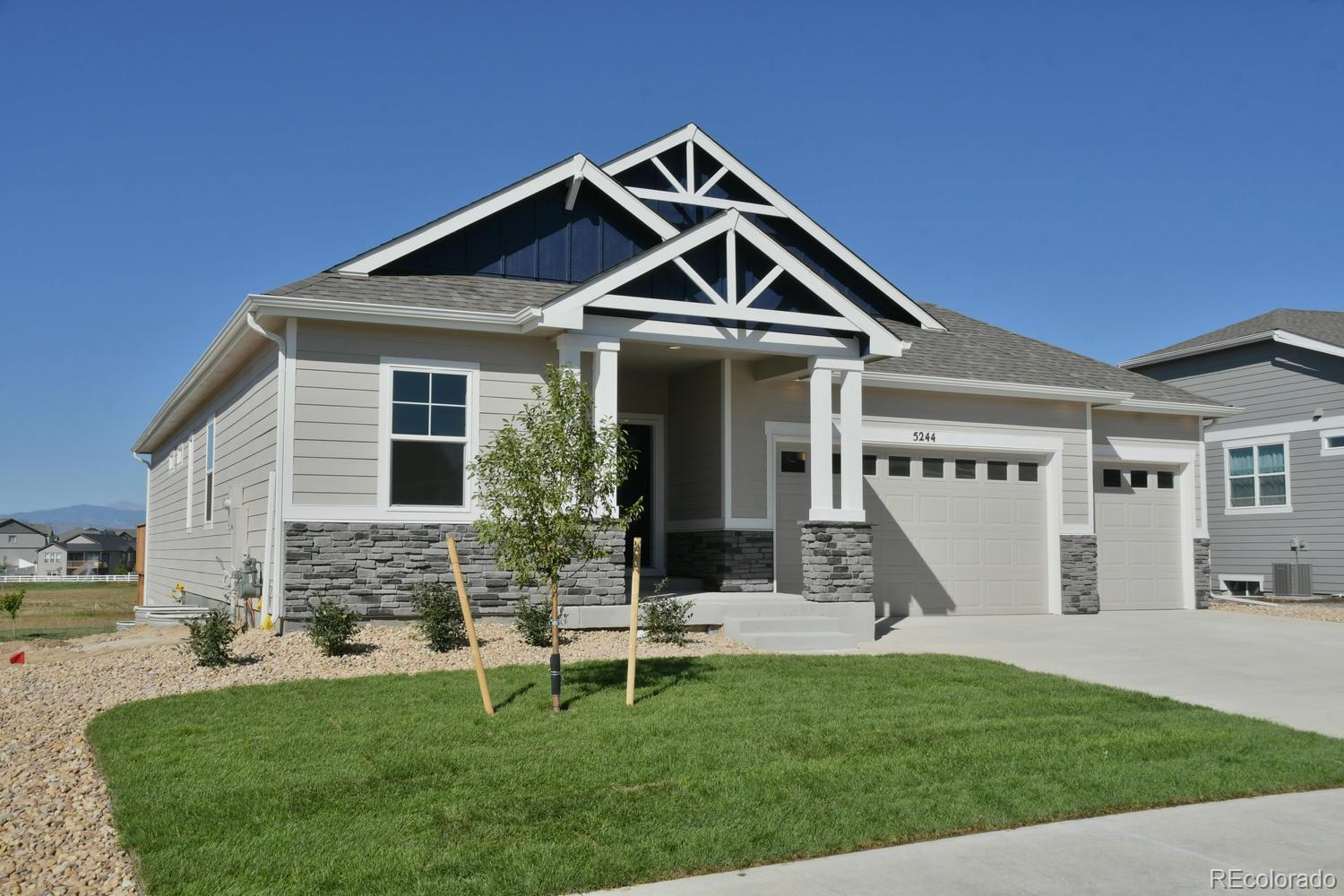 1868 Holloway Property Photo - Windsor, CO real estate listing