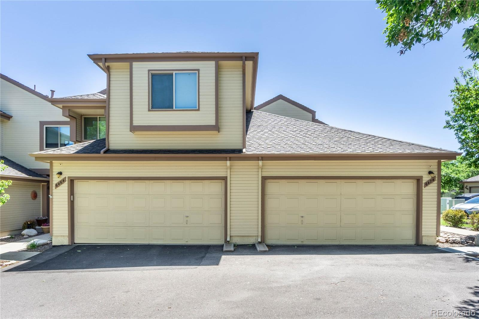 6474 S Harrison Court Property Photo - Centennial, CO real estate listing