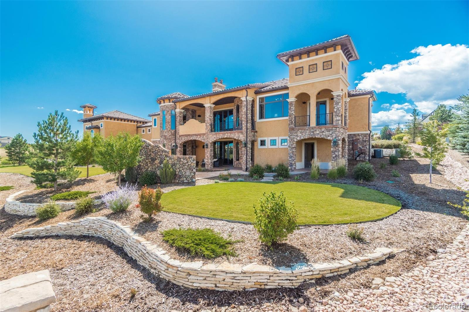 1814 Vine Cliff Heights Property Photo - Colorado Springs, CO real estate listing