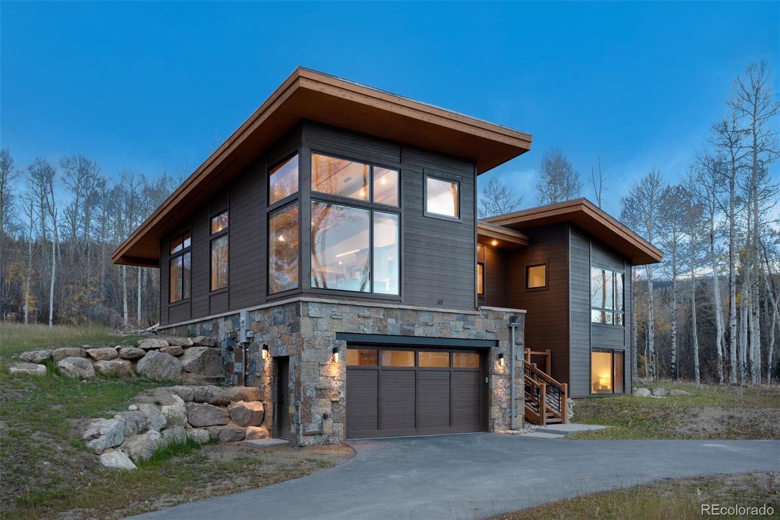 31 Glazer Trail Property Photo 1