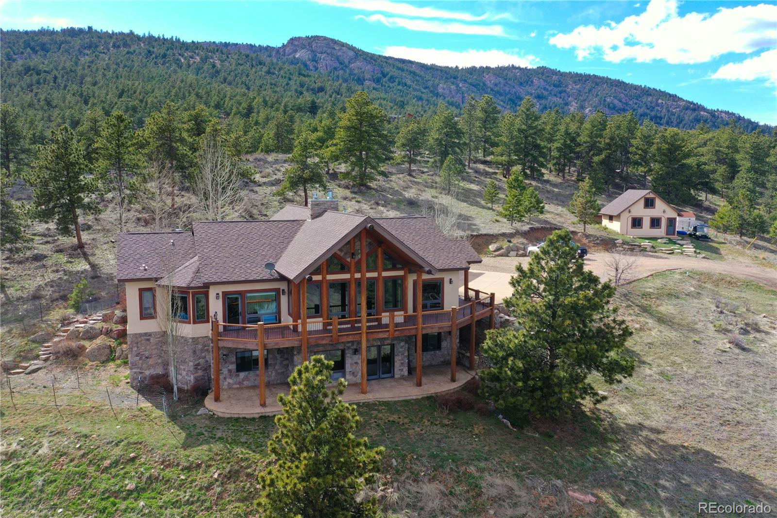 425 Quillan Gulch Road Property Photo - Loveland, CO real estate listing