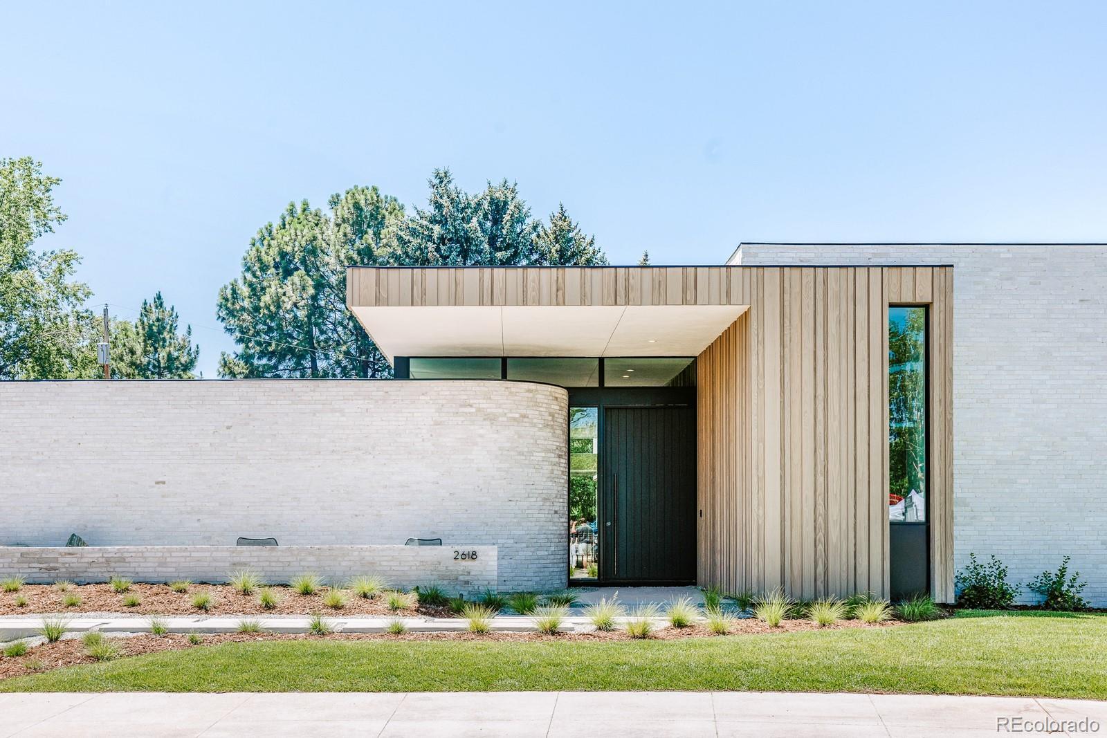 2618 E Cedar Avenue Property Photo - Denver, CO real estate listing