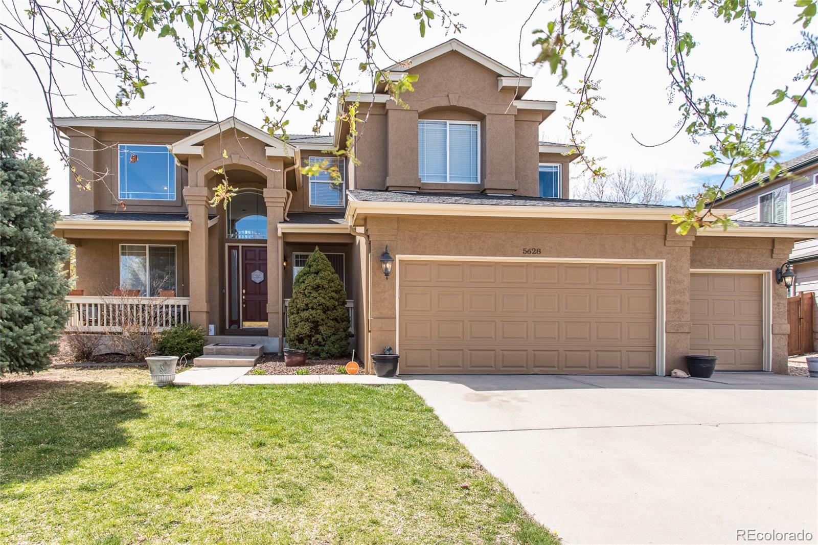 5628 W Long Place Property Photo - Littleton, CO real estate listing