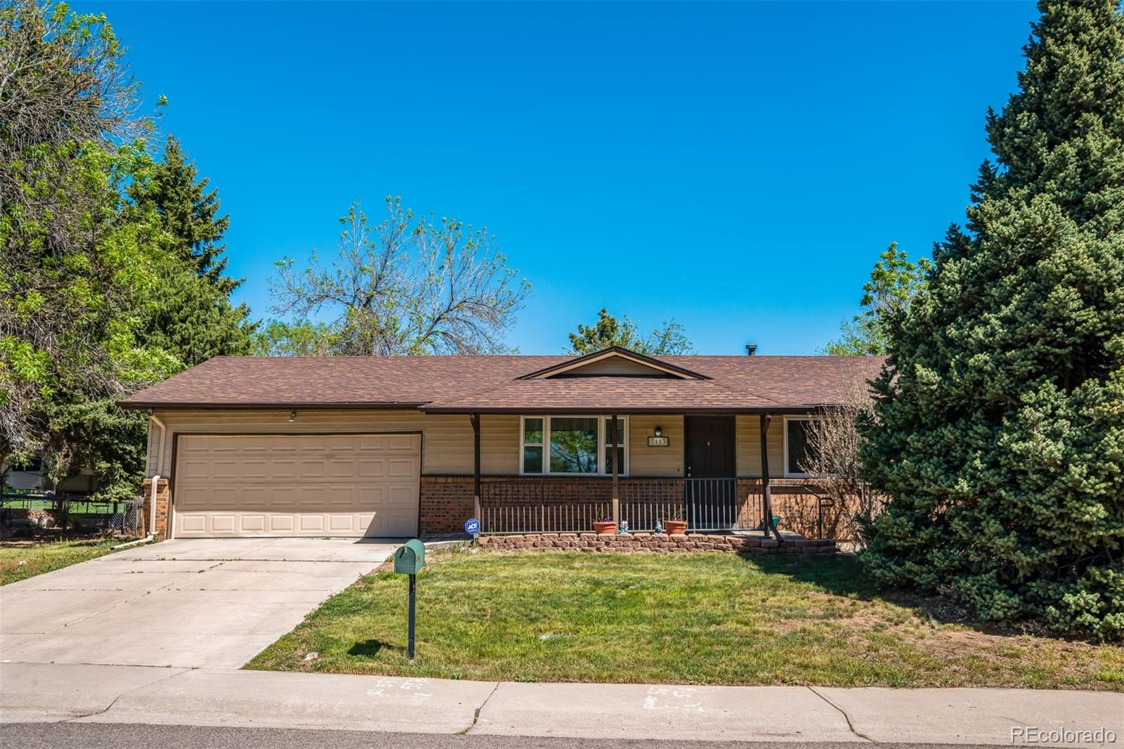 7113 W Hinsdale Drive Property Photo - Littleton, CO real estate listing