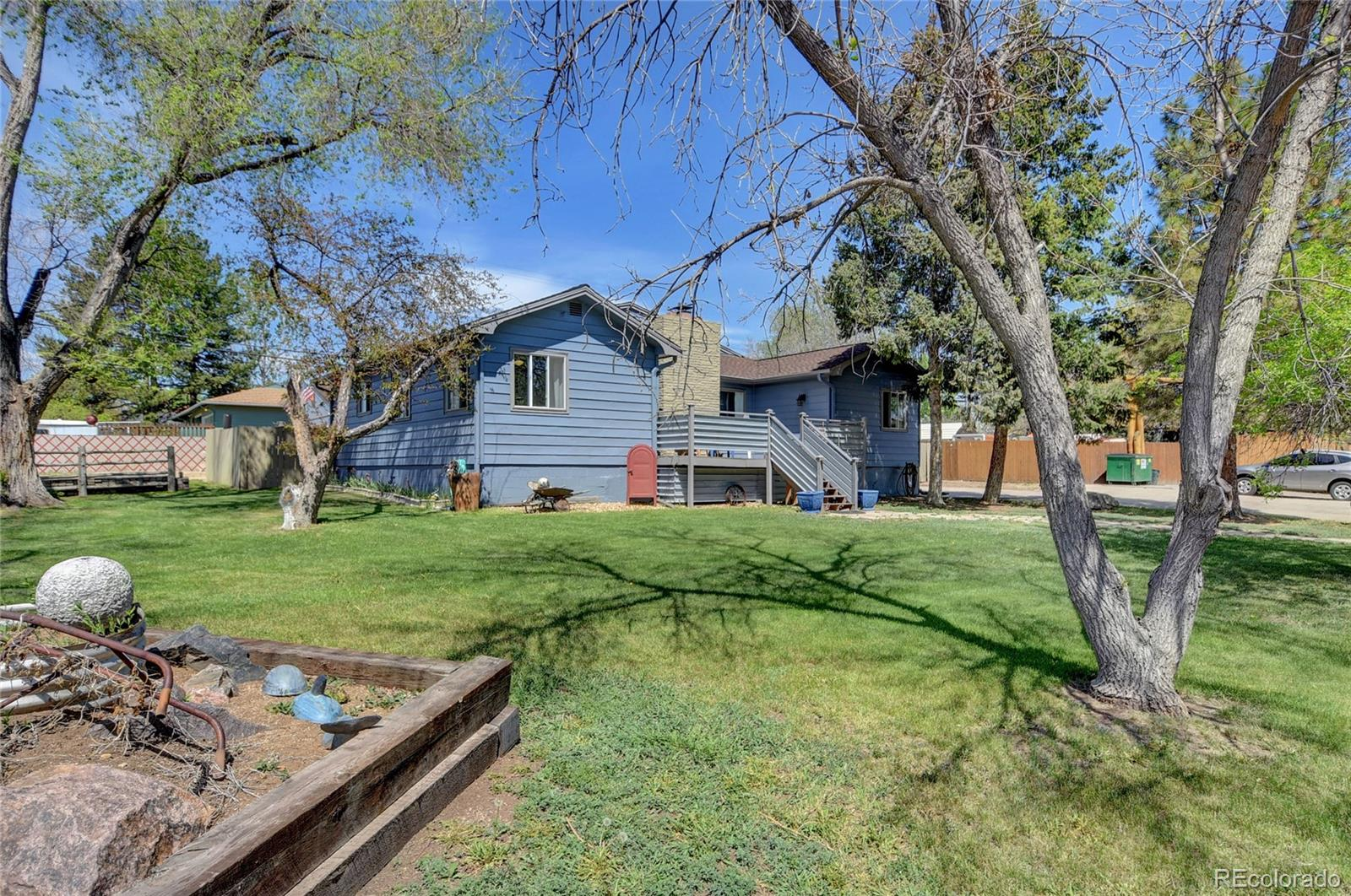 995 S Field Street Property Photo - Lakewood, CO real estate listing