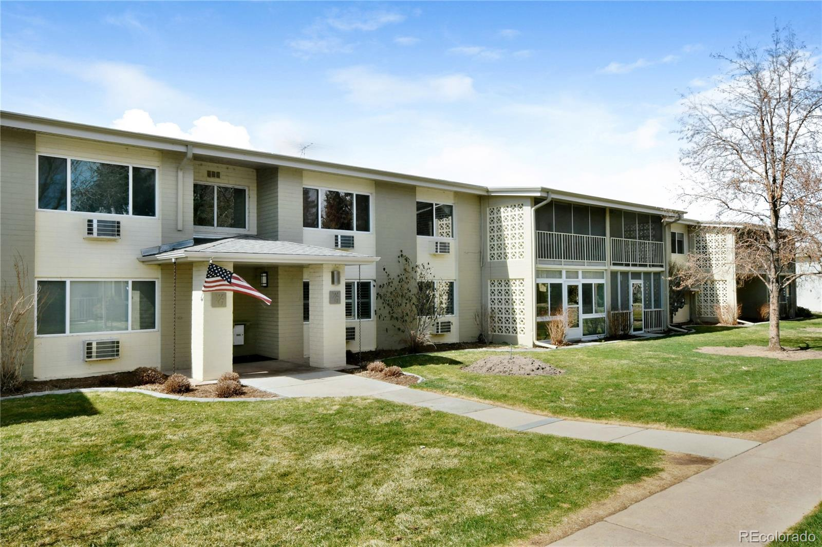 715 S Clinton Street #10B Property Photo - Denver, CO real estate listing