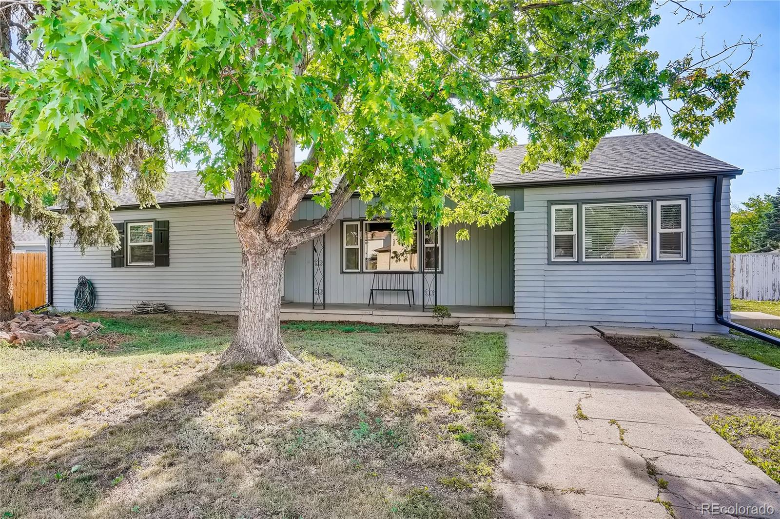 406 S Jay Street Property Photo - Lakewood, CO real estate listing