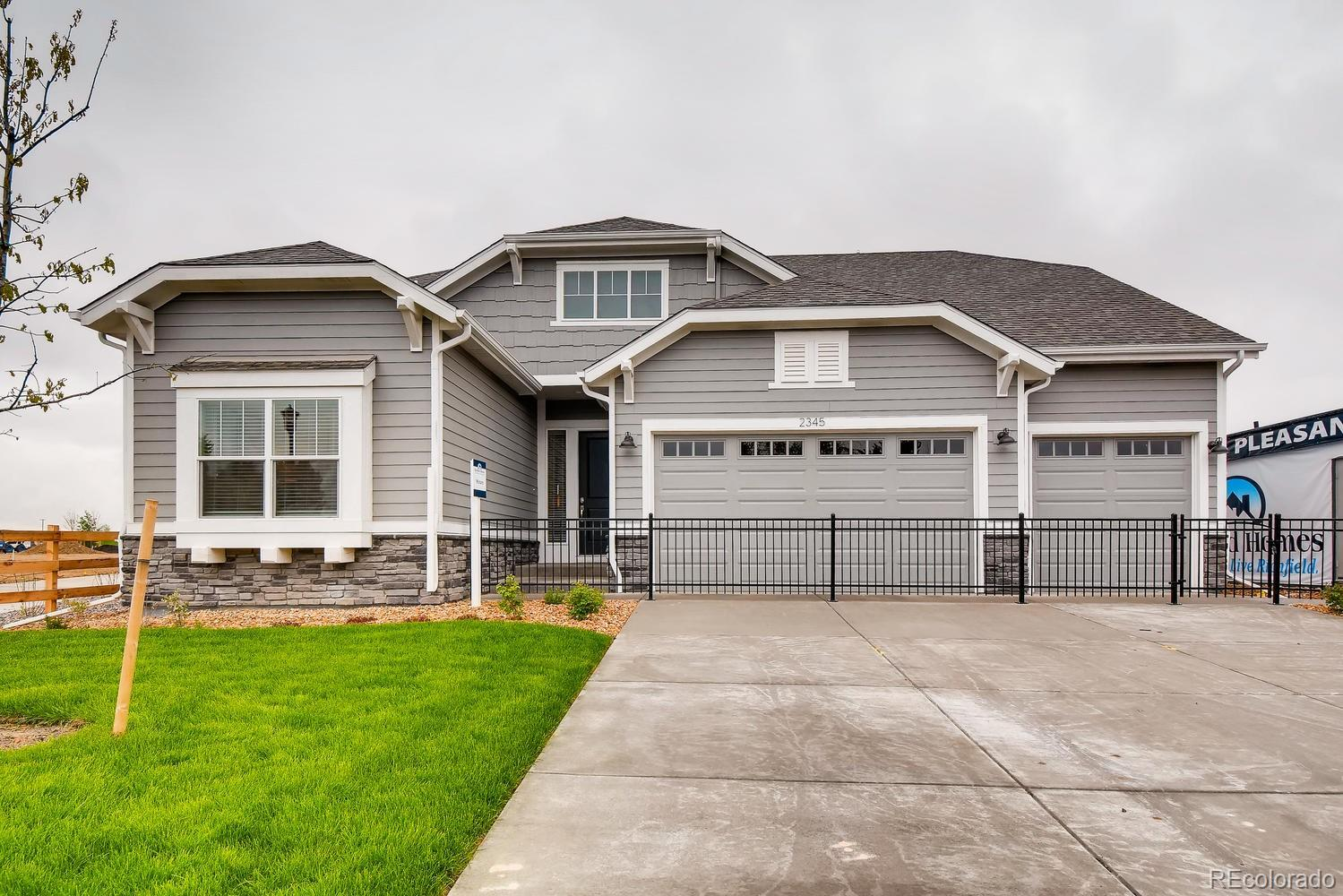 2086 Medford Street Property Photo - Longmont, CO real estate listing