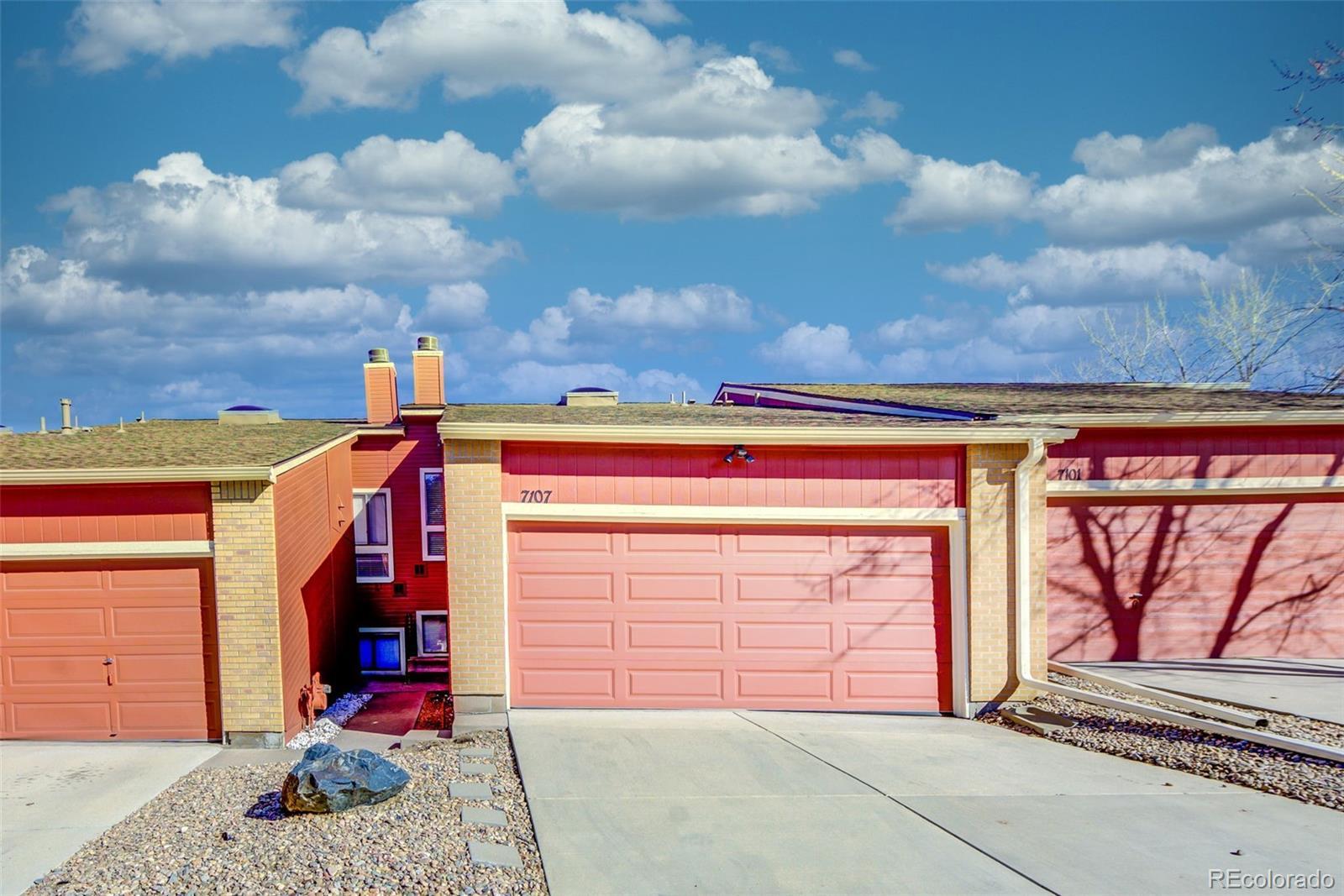 7107 S Bryant Street Property Photo - Littleton, CO real estate listing