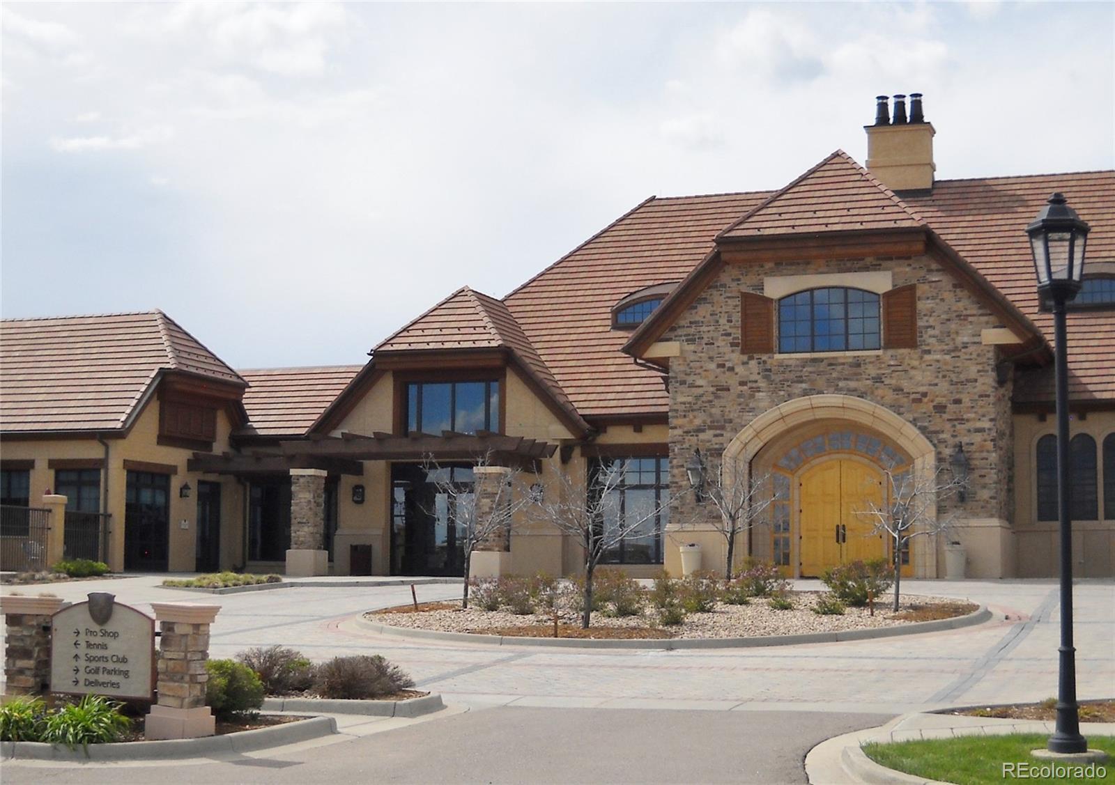 27105 E Long Place Property Photo - Aurora, CO real estate listing