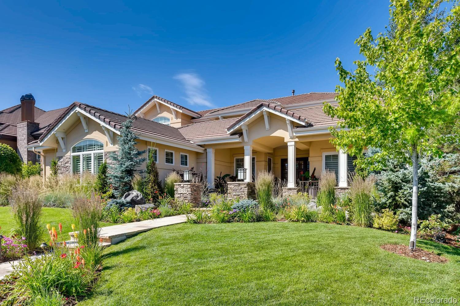 10109 S Shadow Hill Drive Property Photo - Lone Tree, CO real estate listing