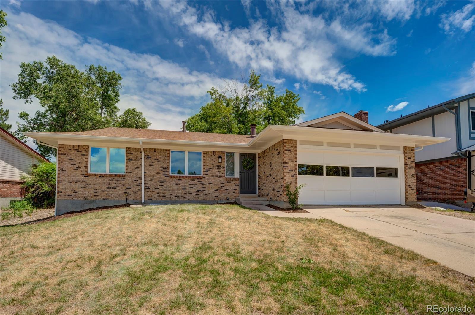 17063 E Greenwood Circle Property Photo - Aurora, CO real estate listing