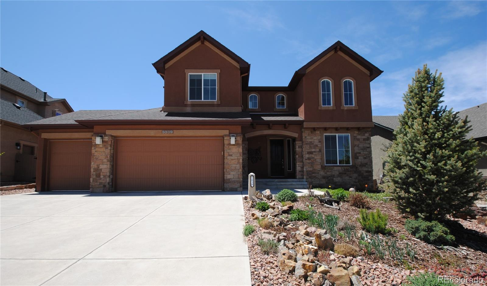 5039 Gibson Lake Court Property Photo - Colorado Springs, CO real estate listing