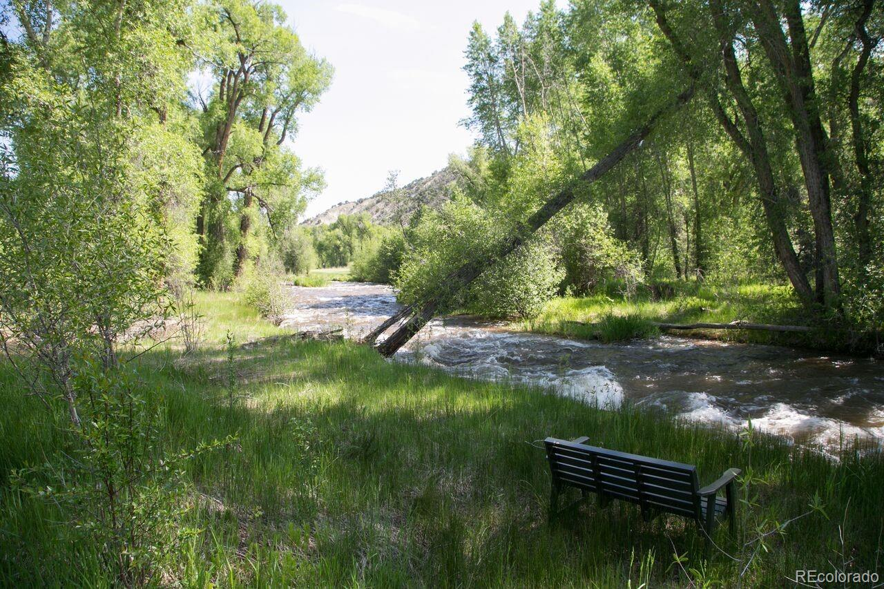408 Red Bluffs Way Property Photo - Eagle, CO real estate listing