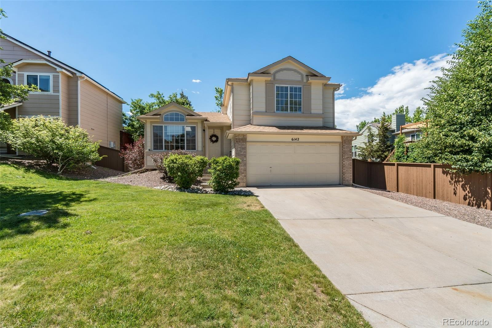 6142 Willowmore Court Property Photo - Highlands Ranch, CO real estate listing