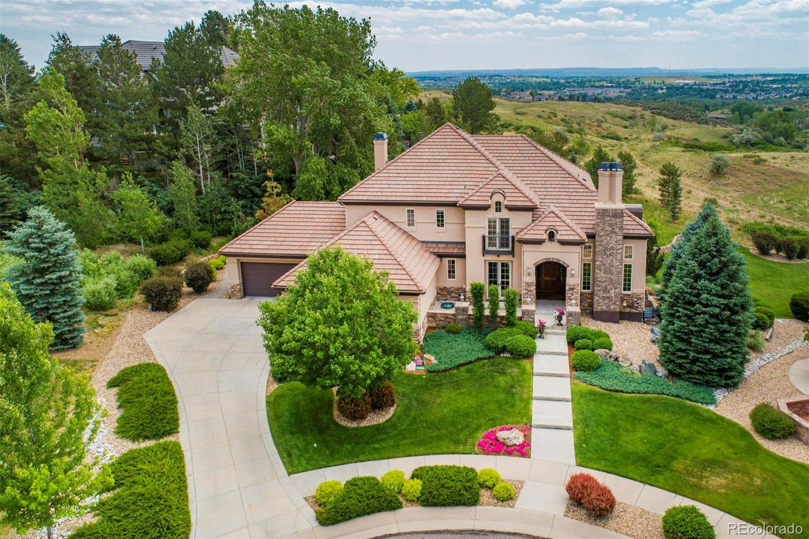 Devinny Real Estate Listings Main Image