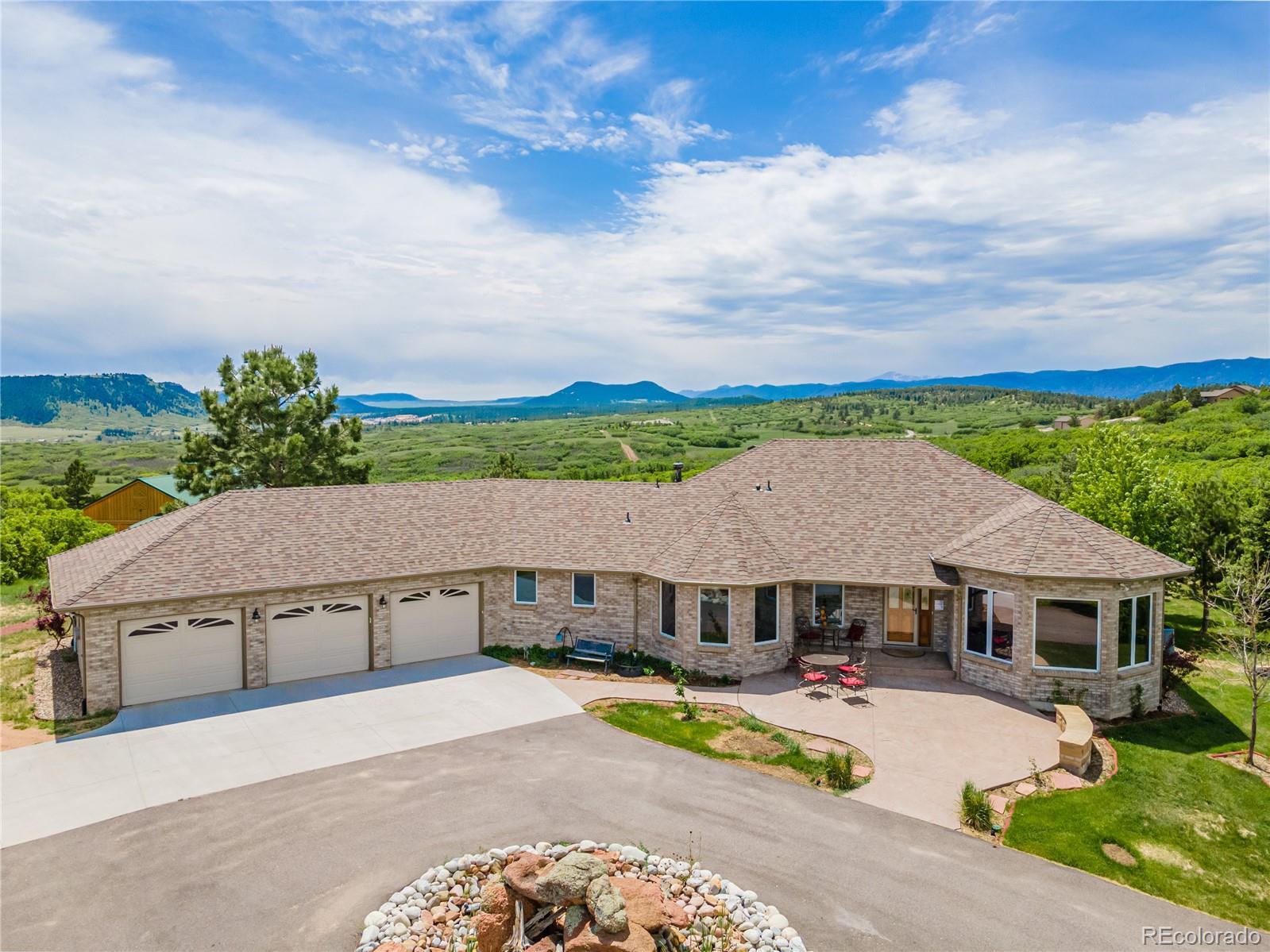 1524 Colt Circle Property Photo - Castle Rock, CO real estate listing