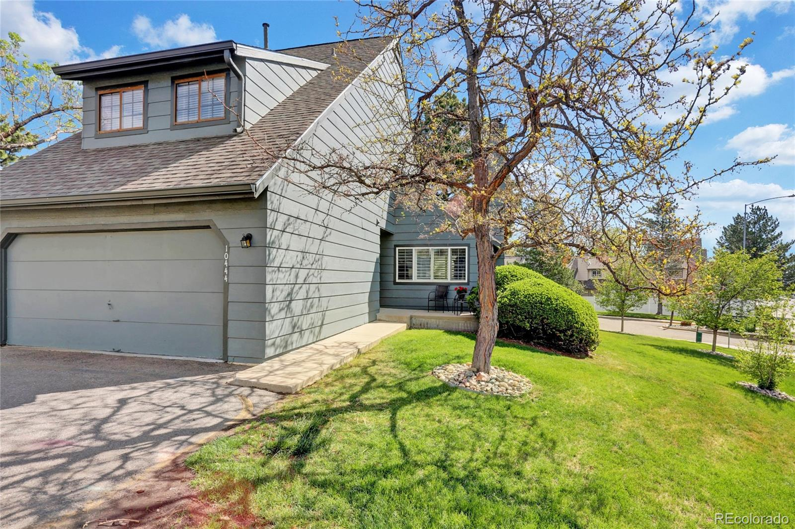 10444 W Purgatoire Peak Property Photo - Littleton, CO real estate listing