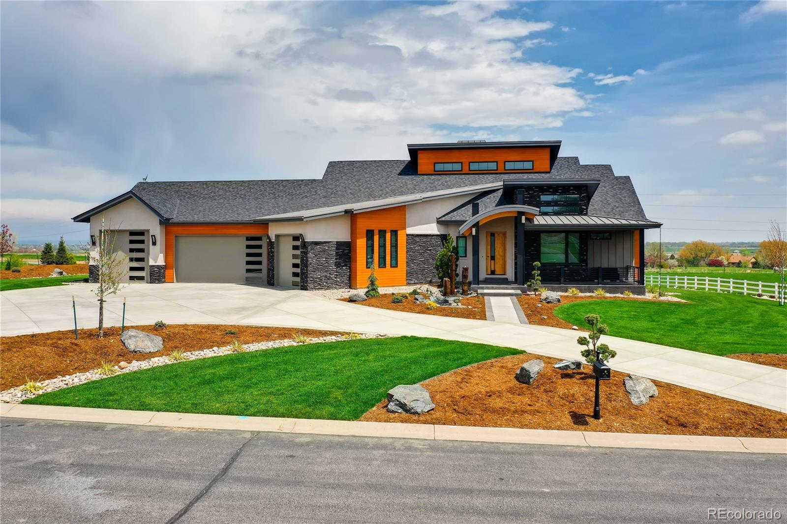 Cottonwood Plains Real Estate Listings Main Image