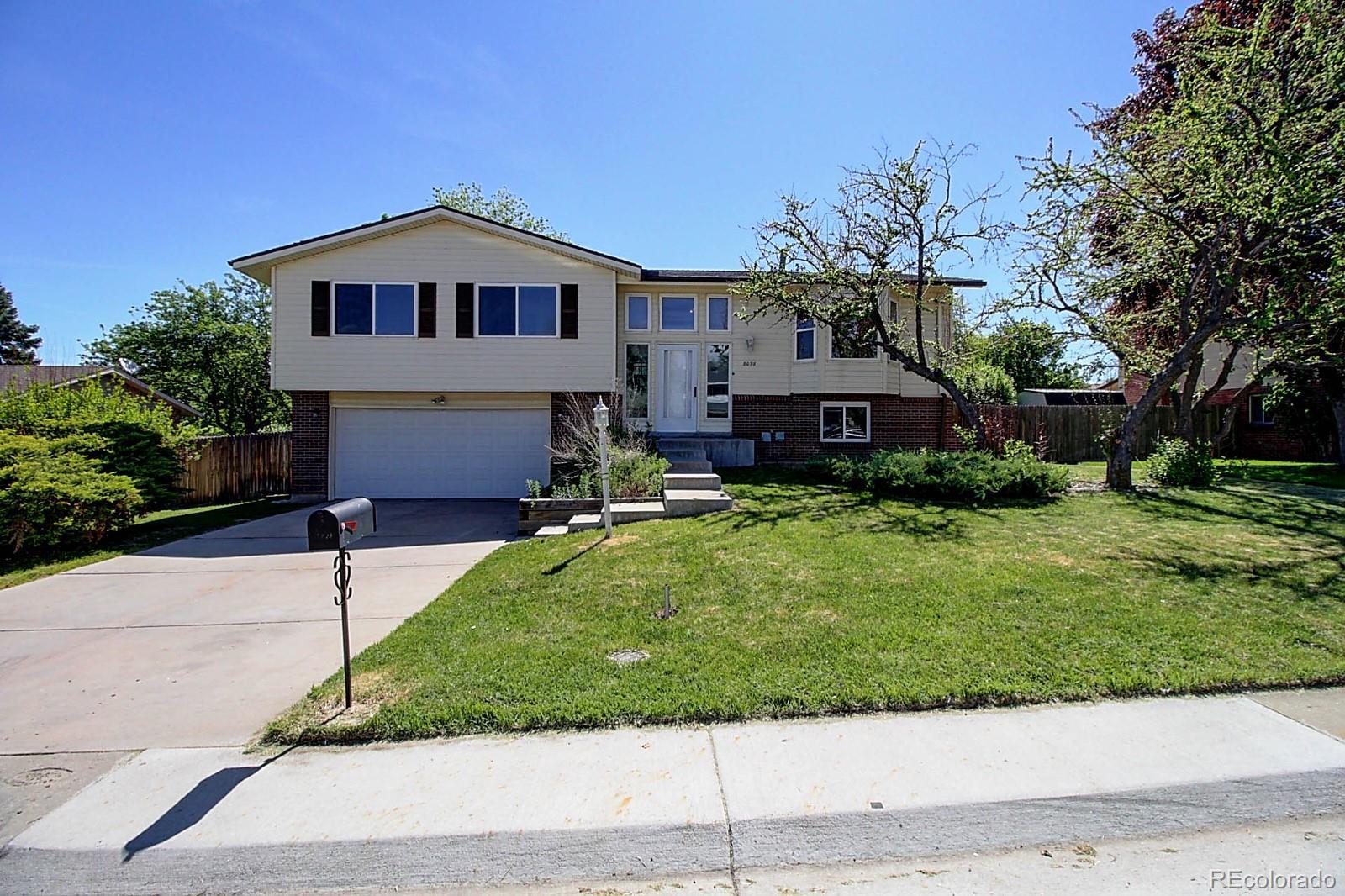 8098 S Marshall Street Property Photo - Littleton, CO real estate listing