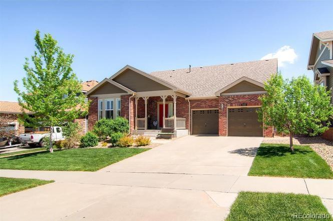 6322 S Newbern Way Property Photo - Aurora, CO real estate listing
