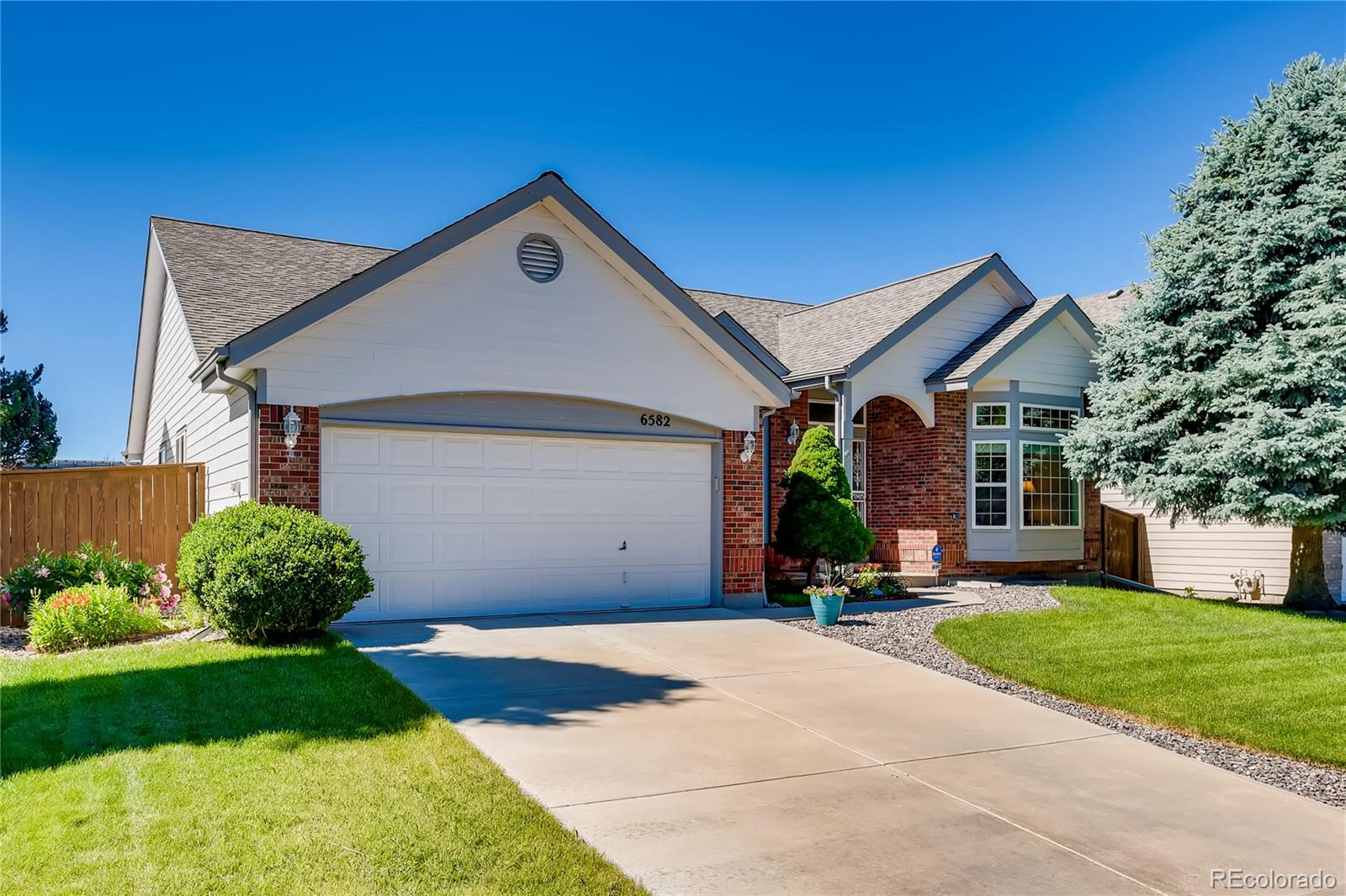 6582 Jackson Court Property Photo - Highlands Ranch, CO real estate listing