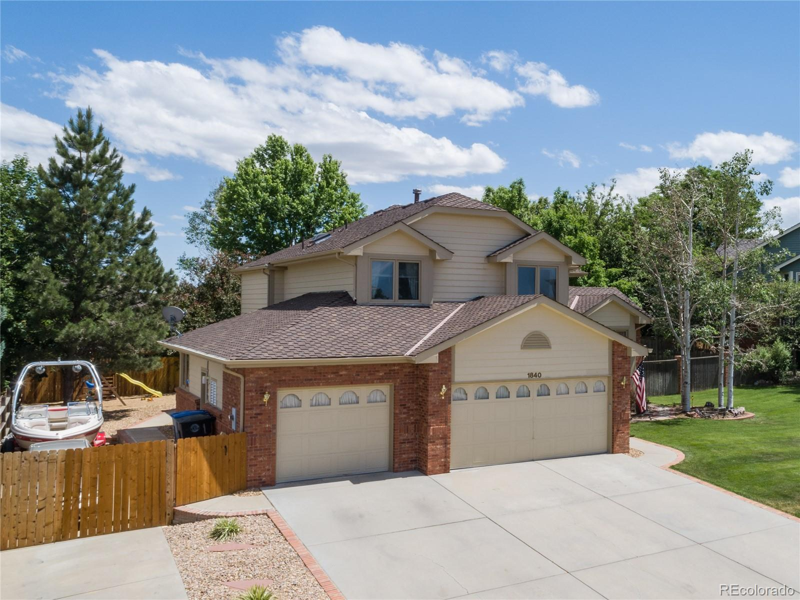1840 Red Cloud Road Property Photo - Longmont, CO real estate listing