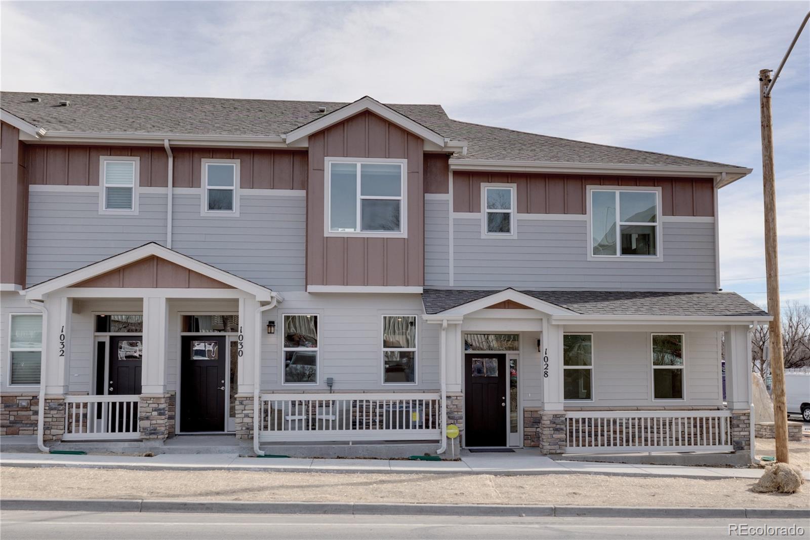 1028 Oak Circle #7 Property Photo - Lakewood, CO real estate listing