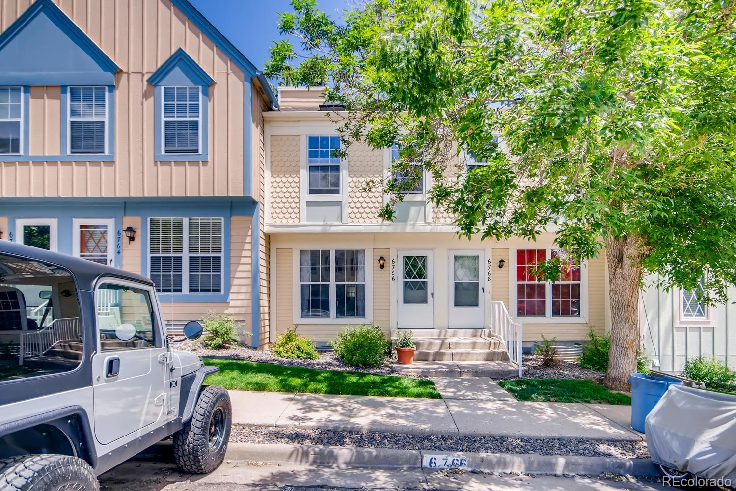 6766 S Holland Way Property Photo - Littleton, CO real estate listing