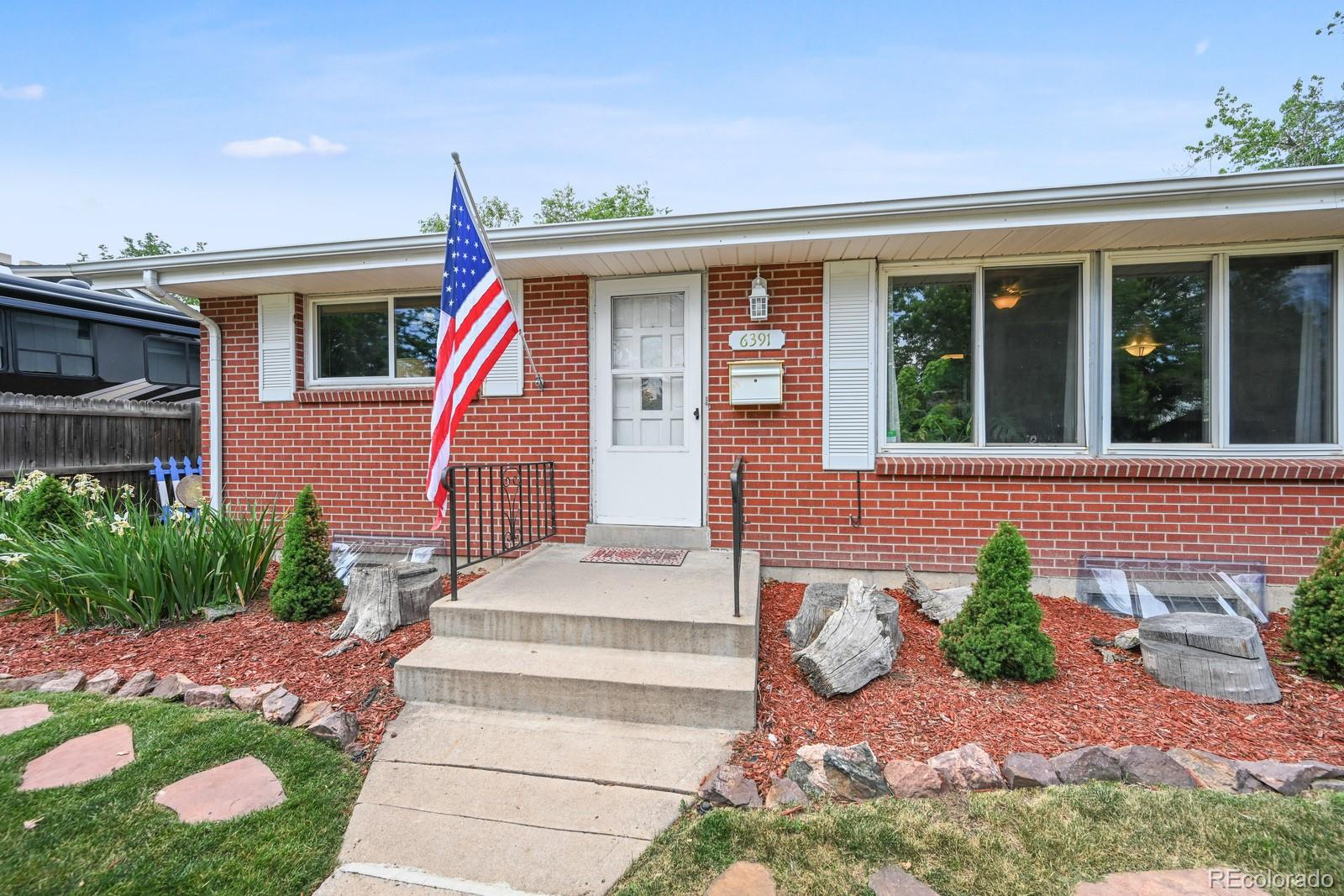 6391 S Williams Street Property Photo - Centennial, CO real estate listing