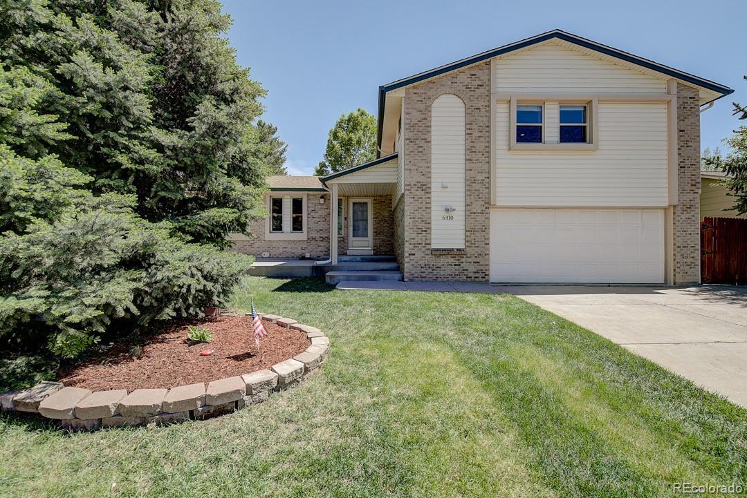 6410 W David Drive Property Photo - Littleton, CO real estate listing