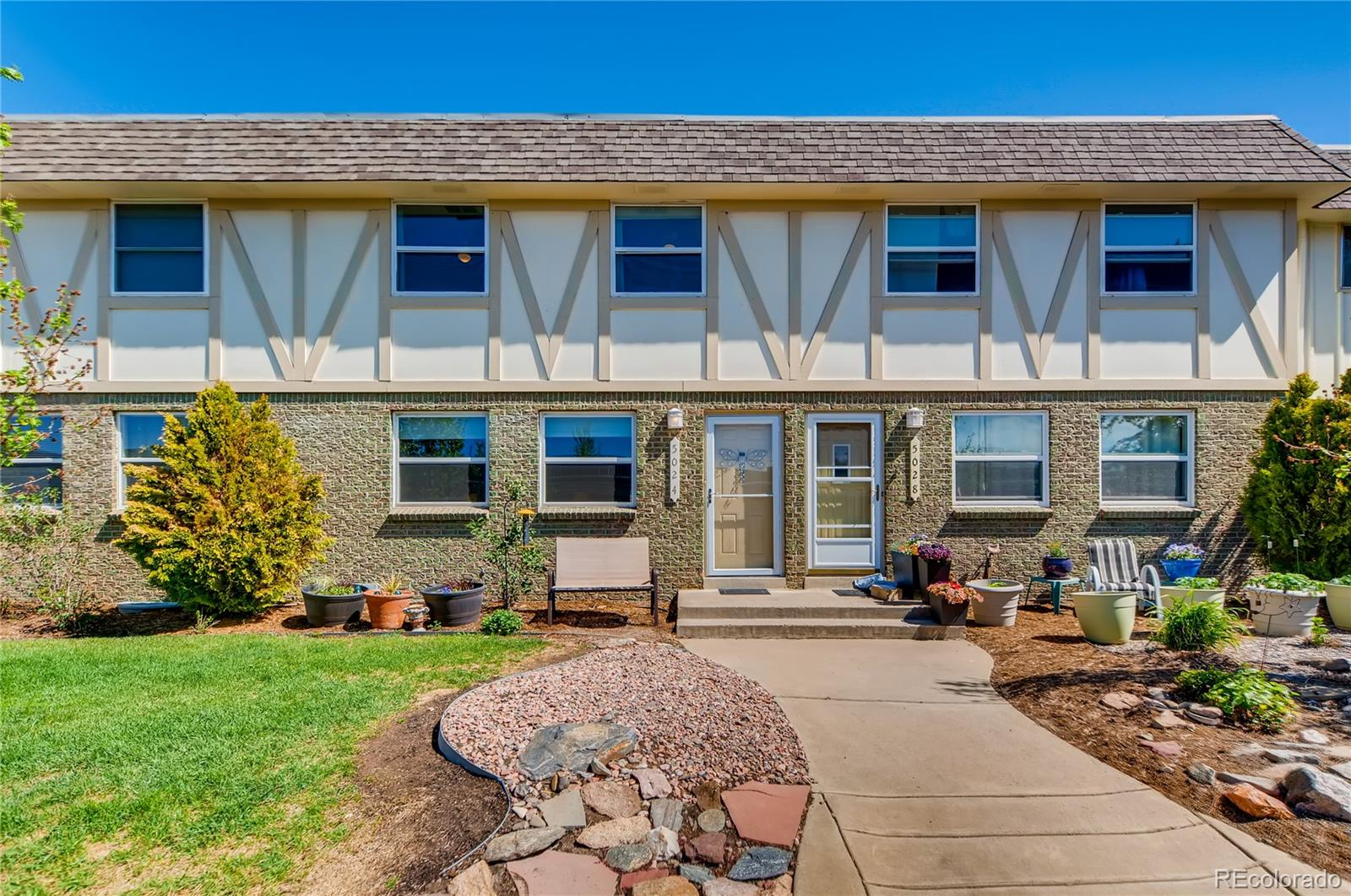 5024 E Hinsdale Place Property Photo - Centennial, CO real estate listing