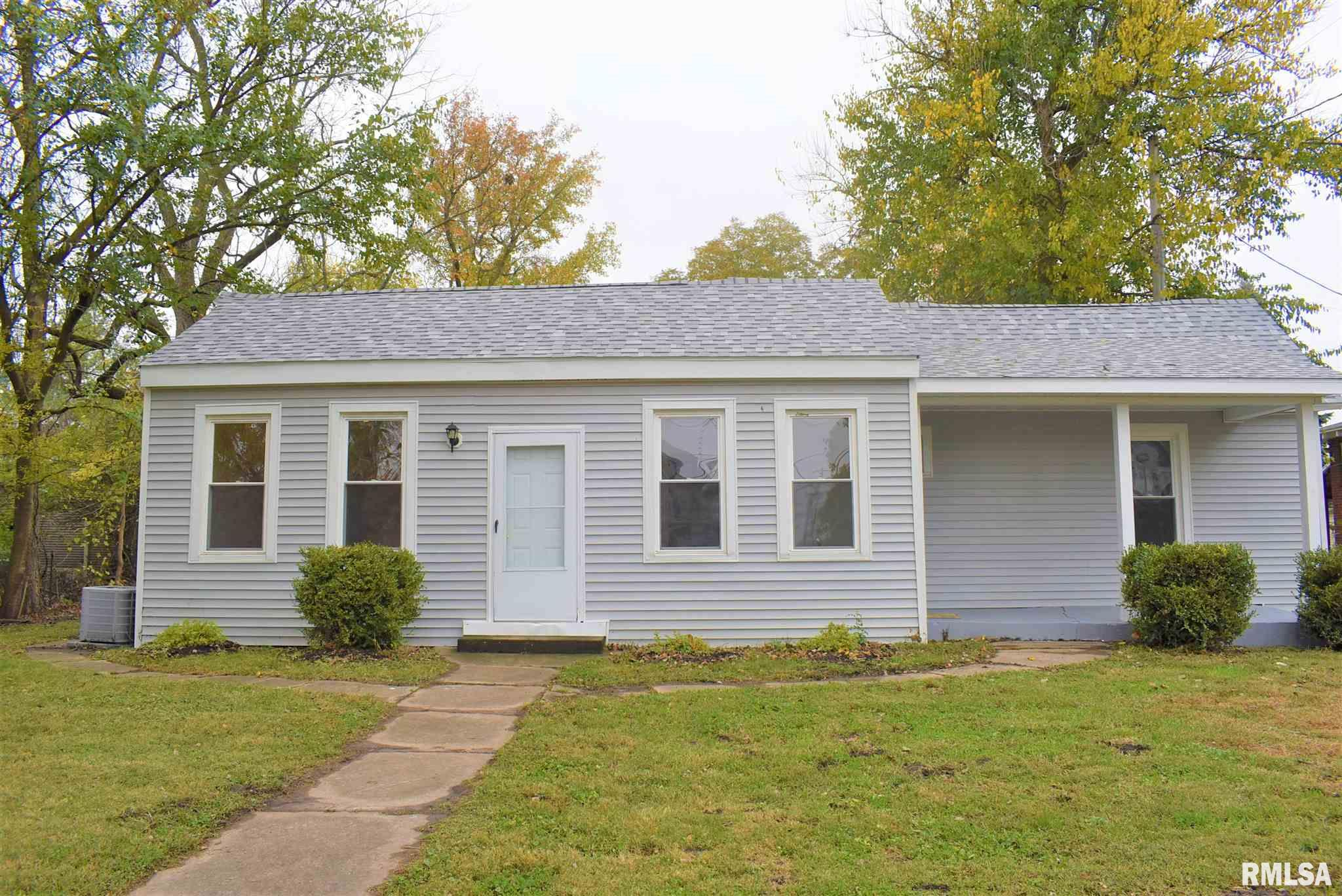 163 S MAIN Property Photo - Winchester, IL real estate listing