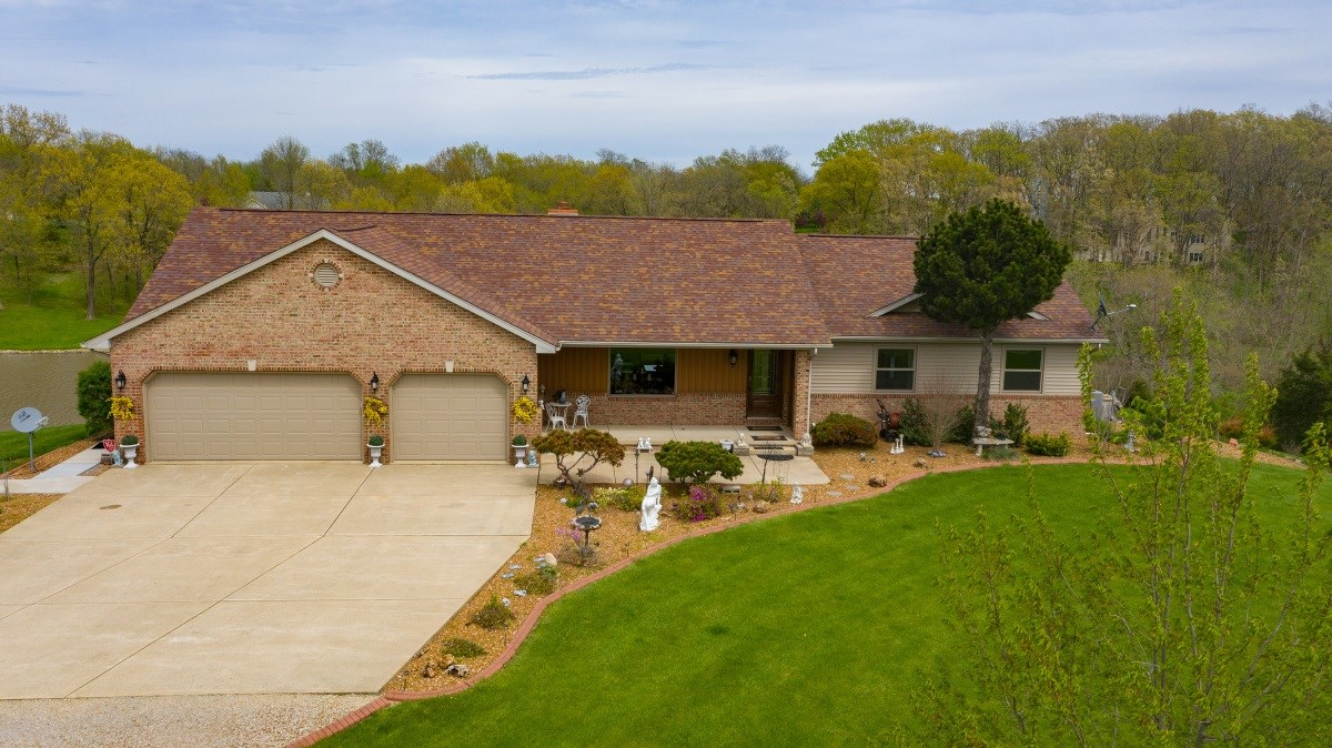 16500 Setter Property Photo - Petersburg, IL real estate listing