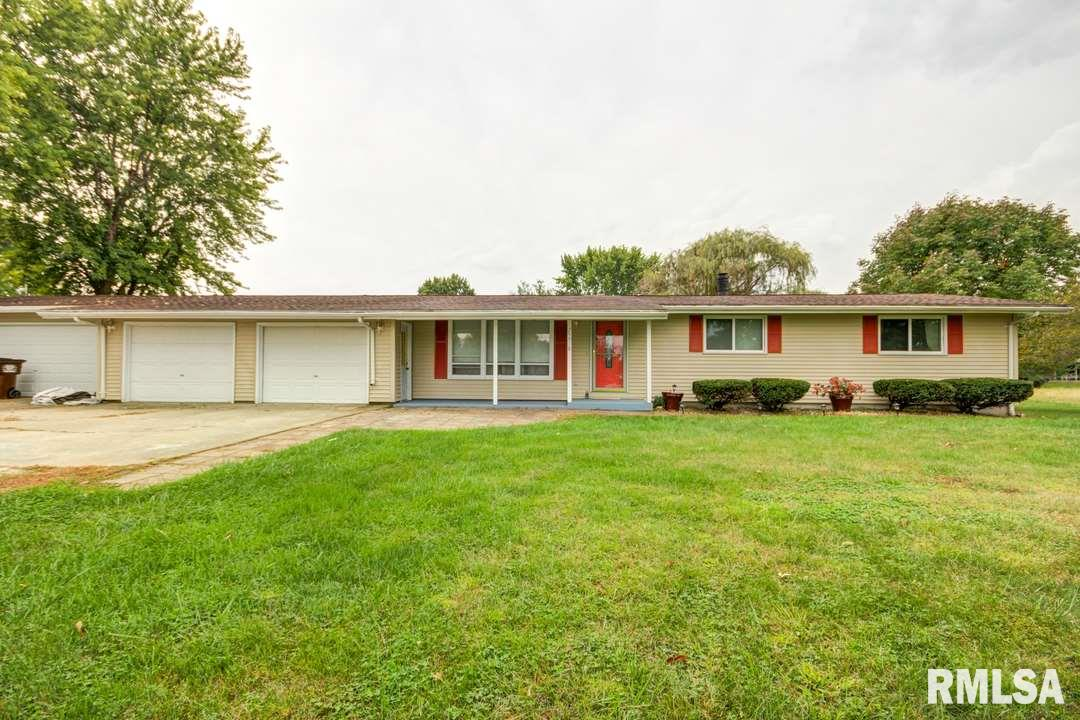 29918 RED OAK Property Photo - Girard, IL real estate listing