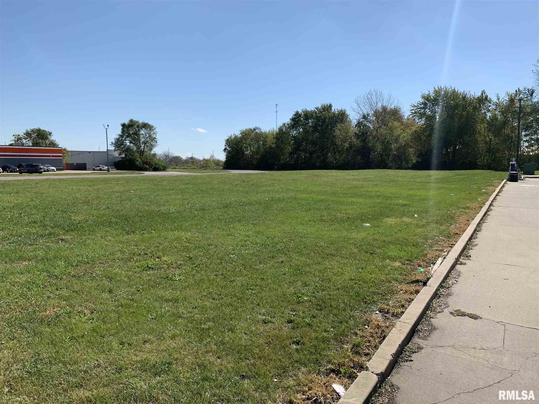 2920 E South Grand Property Photo - Springfield, IL real estate listing