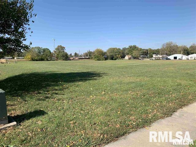 701 Eastdale Property Photo - Springfield, IL real estate listing