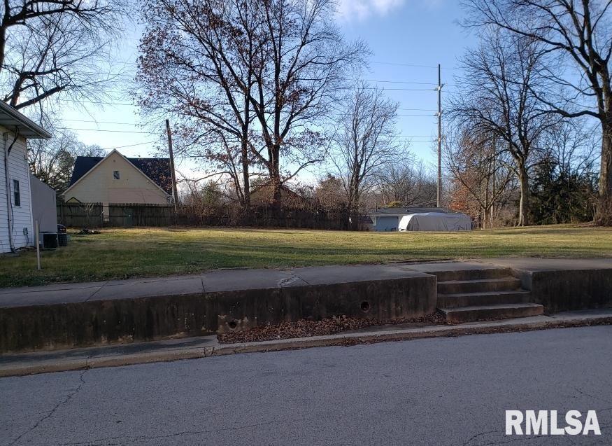 000 JEFFERSON Property Photo - Riverton, IL real estate listing