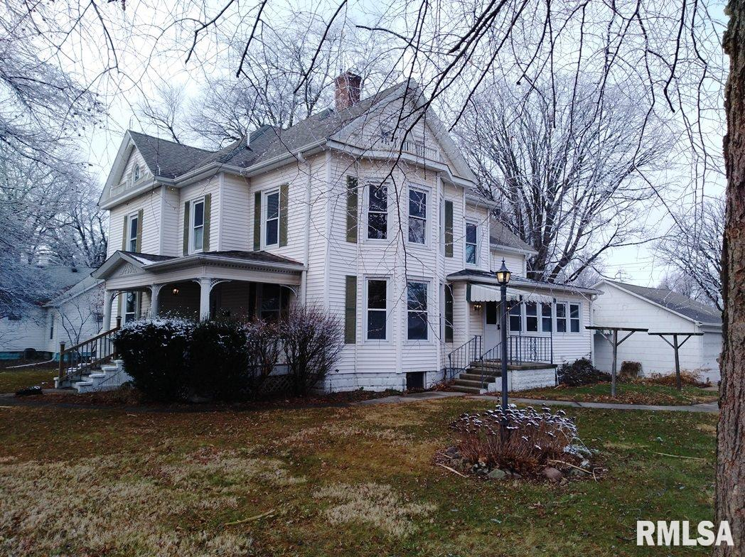 225 W GREEN Property Photo - Virden, IL real estate listing