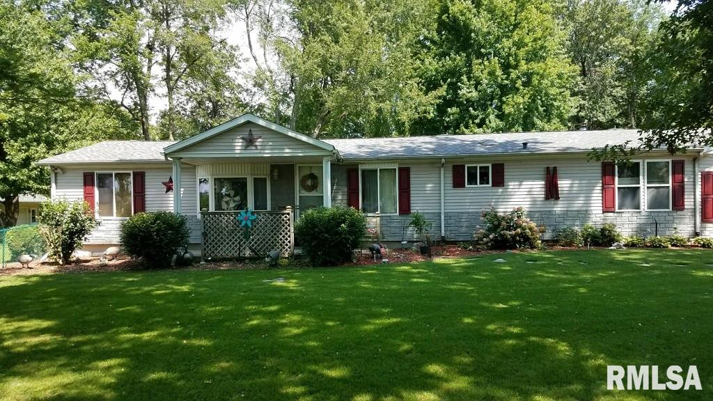 1627 W Park Avenue Property Photo - Taylorville, IL real estate listing