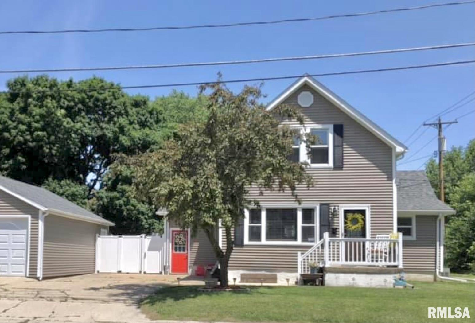 102 E LOWER Property Photo - Abingdon, IL real estate listing
