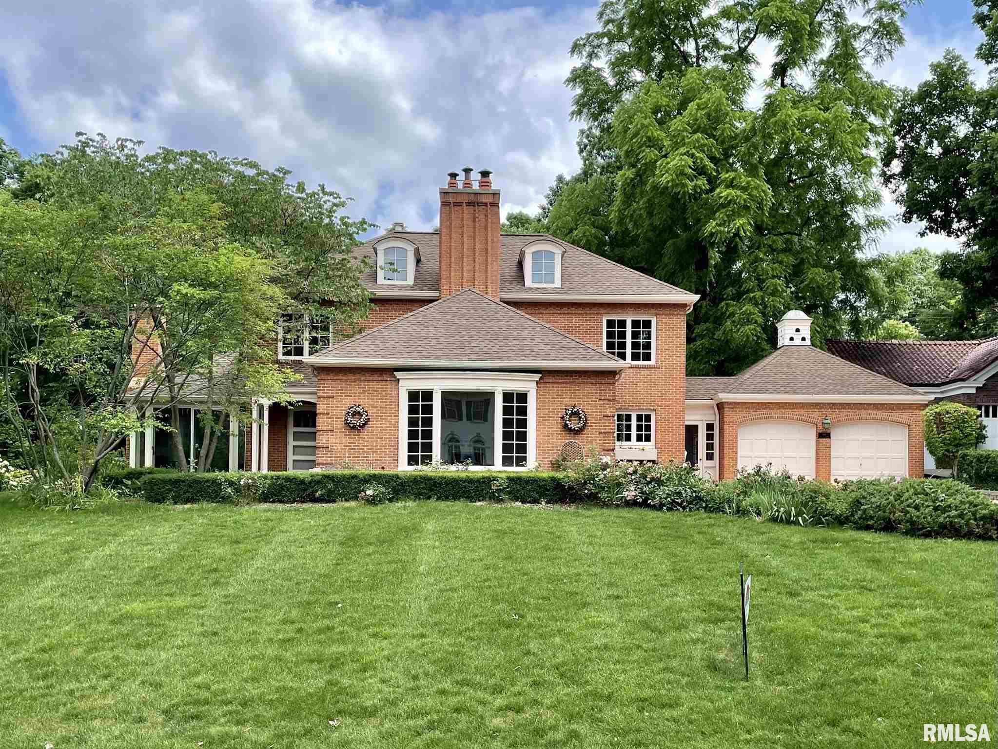 1661 Leland Avenue Property Photo 1