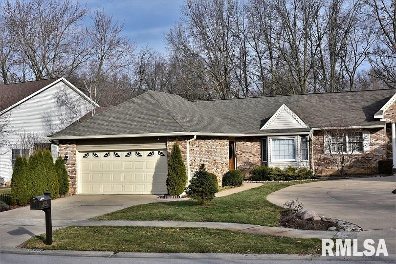 2559 CHAPEL HILL Property Photo - Springfield, IL real estate listing